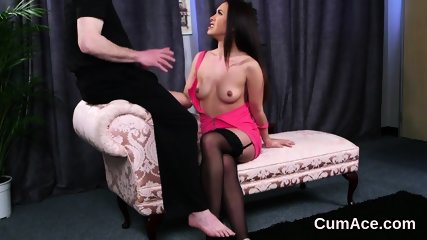 Foxy sex kitten gets cumshot on her face swallowing all the juice - scene 2