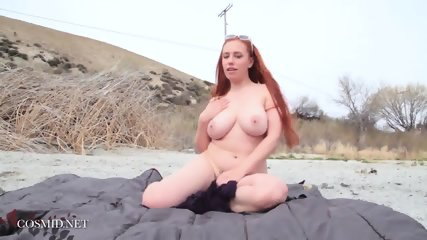 Naked Redhead With Nice Body