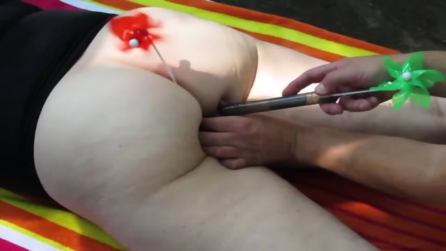 Cumming On Her Wifes Big Ass