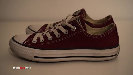 My Sisters Shoes: Maroon Converse Part 2