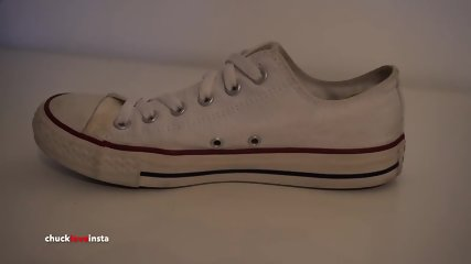 My Sisters Shoes: White Converse Part 2
