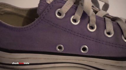 My Sisters Shoes: Purple Converse