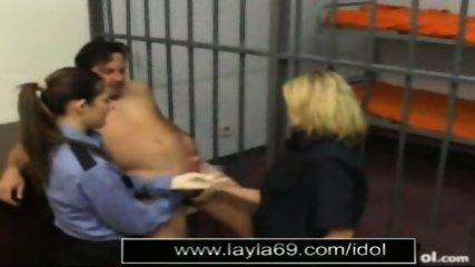 Prison guard jerks off guy for sperm sample - scene 12