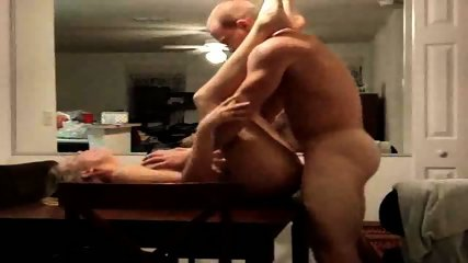 Wife waits on the kitchen table for one hardcore fuck - scene 7