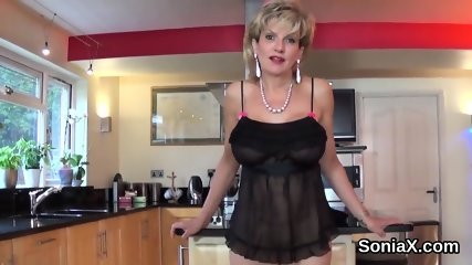 Adulterous british milf lady sonia flaunts her big jugs