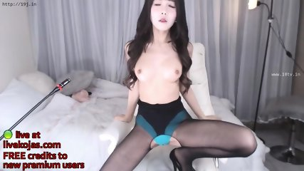 Korean 18yo model in black pantyhose