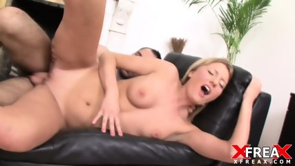 Blonde Lady Enjoys Anal Sex
