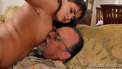 Old anal fuck and muscle Chillin with a super hot Tamale!