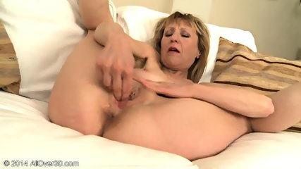 Mature Blonde With High Heels - scene 6