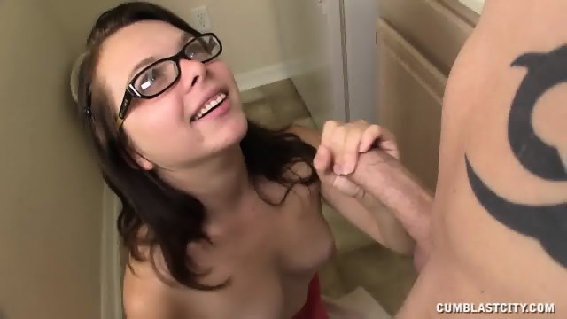 Huge Dose Of Cum On Amateur Babe's Tits