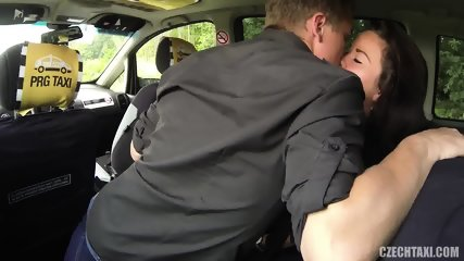 Hardcore Fucking In The Taxi - scene 5