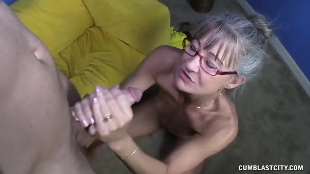 Cum Rain For Kinky Mature Lady