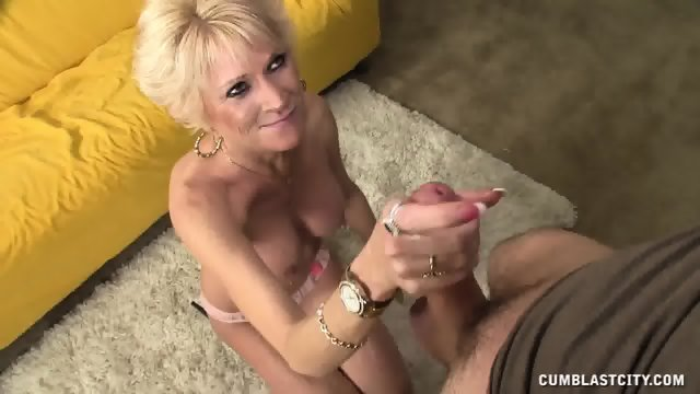 Cum Load On Blonde Housewife