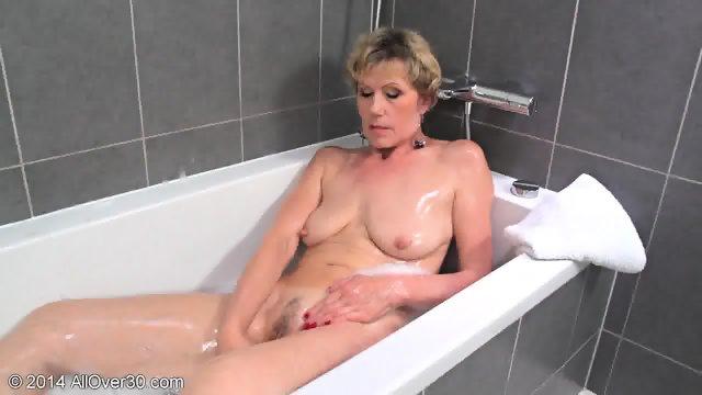 Mommy In The Bathtub