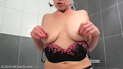 Mommy In The Bathtub - scene 7