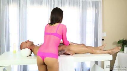 Hard Cock For Kinky Masseuse - scene 3
