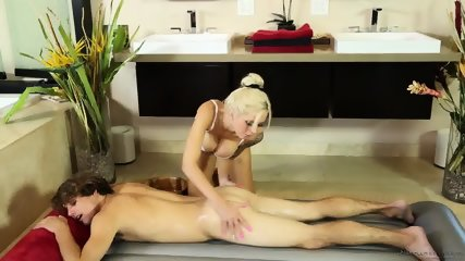Busty Blonde Gives Nice Massage - scene 6
