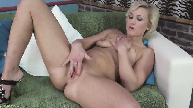 Mature Lady Touches Vagina