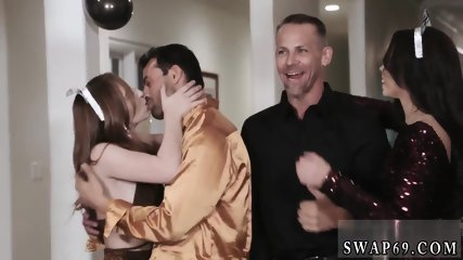 ally s daughter fucks behind dad and mother  exchange club New Year New Swap