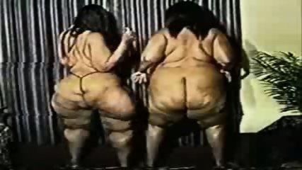 FUNNY Fat Arses dance - scene 1