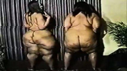 FUNNY Fat Arses dance - scene 2
