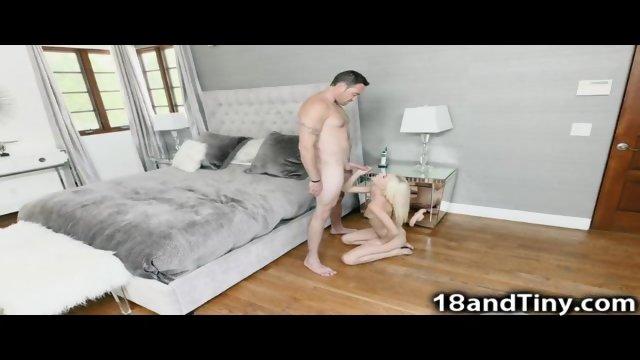 87 lbs Teen Spinner Horny In Public!