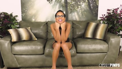 Chick Spreads Legs - scene 1