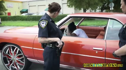 Pulled over suspect defenestrates milf cops horny cunts in doggystyle