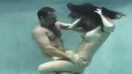 Underwater Love - scene 8