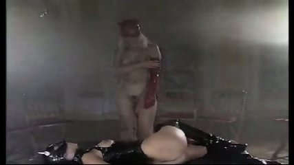 Catwoman gets fisted - scene 2