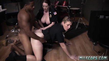 Short hair ebony milf Raw flick grasps officer romping a deadbeat dad.