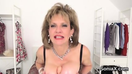 Cheating british milf lady sonia flaunts her huge tits