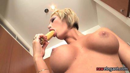 Big boob free thumbnail