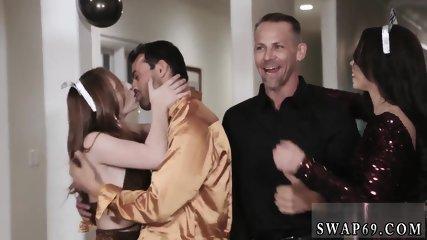 crony s daughter show xxx New Year New Swap