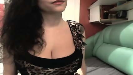 riptease by amazing big natural tit babe
