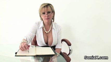 Unfaithful english milf lady sonia unveils her big boobs