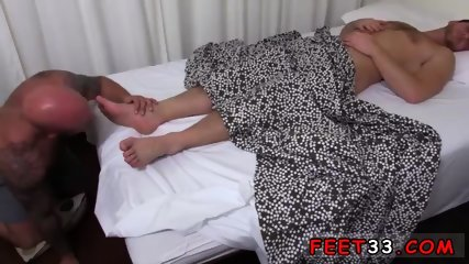 Twink accidentally shits gay sex Drake Gets Off On Sleeping Connor s Feet