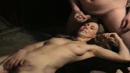 Hot wife getting a cum facial in her mouth - scene 12