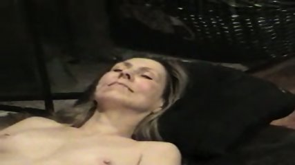 Hot wife getting a cum facial in her mouth - scene 6