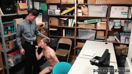 """Gay sex fat pi 22 yr old Caucasian male, 5 11,"""" has made frequent visits to the store in"""
