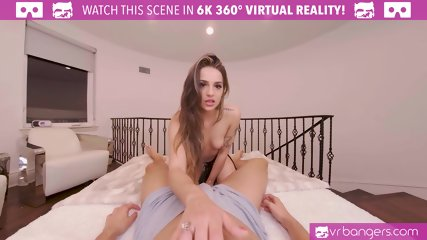 VRBangers Sexy Latina Bellydancer Babe Take A Big Cock And Love It