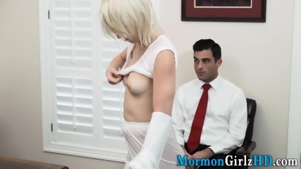 Teen mormon spunked on