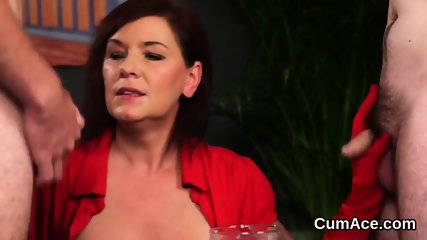 Wicked hottie gets cumshot on her face sucking all the jizm