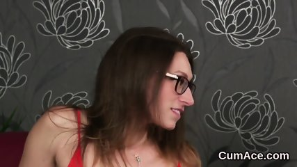 Wicked stunner gets cumshot on her face swallowing all the cum