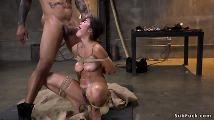 Hairy slut anal brutally banged bdsm