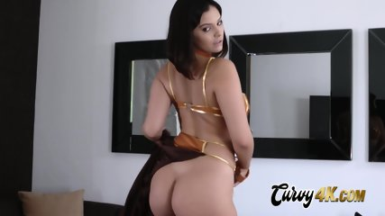 Violet worships her master by sucking and taking his cock