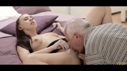 Old guy prepare young pussy for drilling