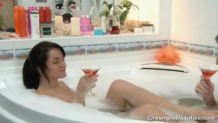 Adorable Teen Fucks After Having a Bath