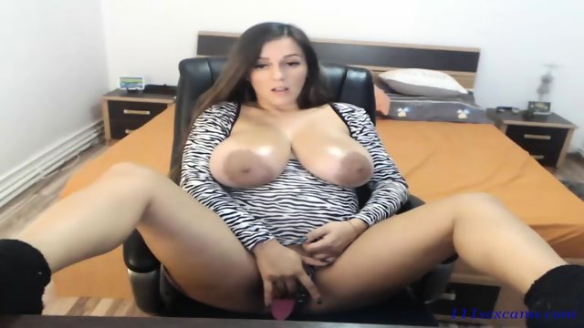 Natural big tits nipples