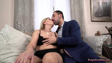 Sexy Granny Enjoys Fucking With a Big Cock